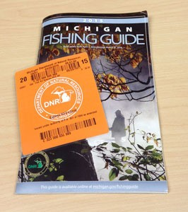 2015 Michigan fishing license & fishing guide